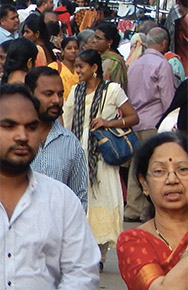 BL67_India people