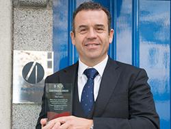 Tim Lowe_Award